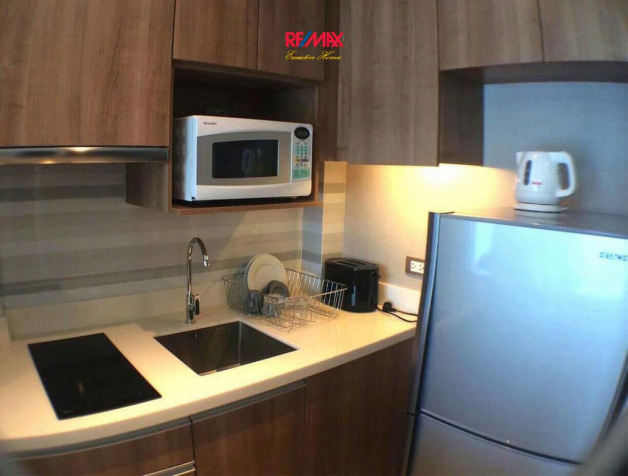 RE/MAX Executive Homes Agency's Nice 1 Bedroom for Sale with Tenant Tidy Deluxe 4