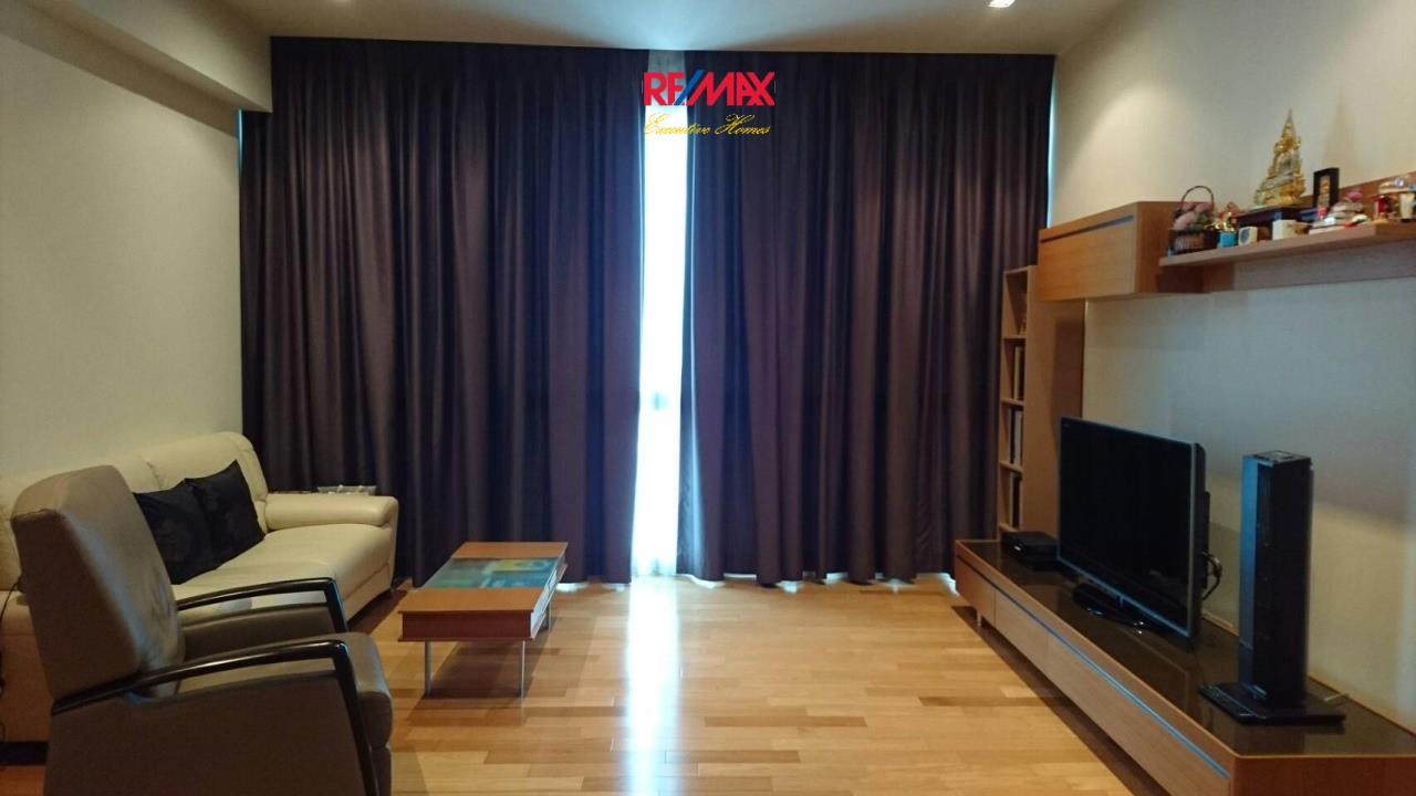 RE/MAX Executive Homes Agency's Beautiful 1 Bedroom for Sale Millennium Residence 2