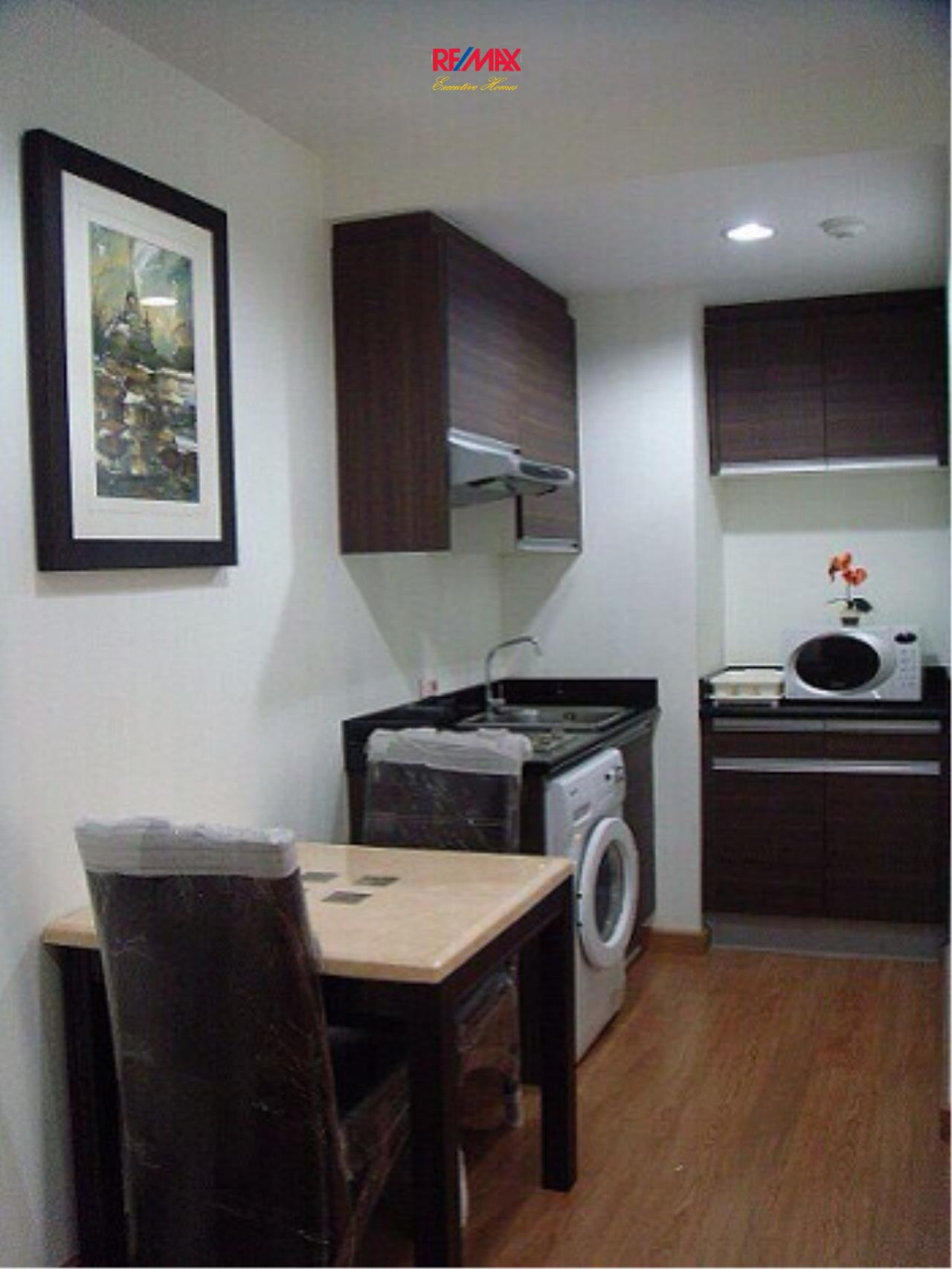 RE/MAX Executive Homes Agency's Nice 1 Bedroom for Rent and Sale Address Sukhumvit 42 5