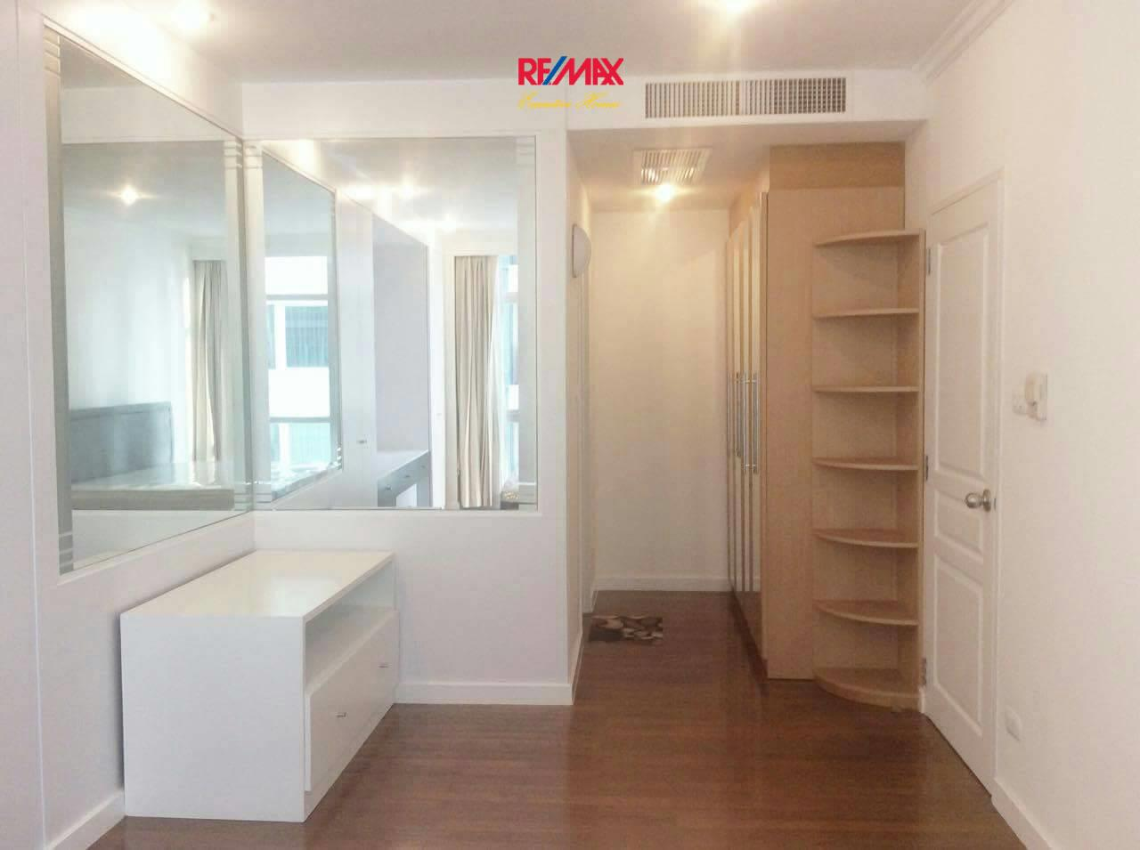 RE/MAX Executive Homes Agency's Nice 3 Bedroom for Rent Grand Langsuan  5