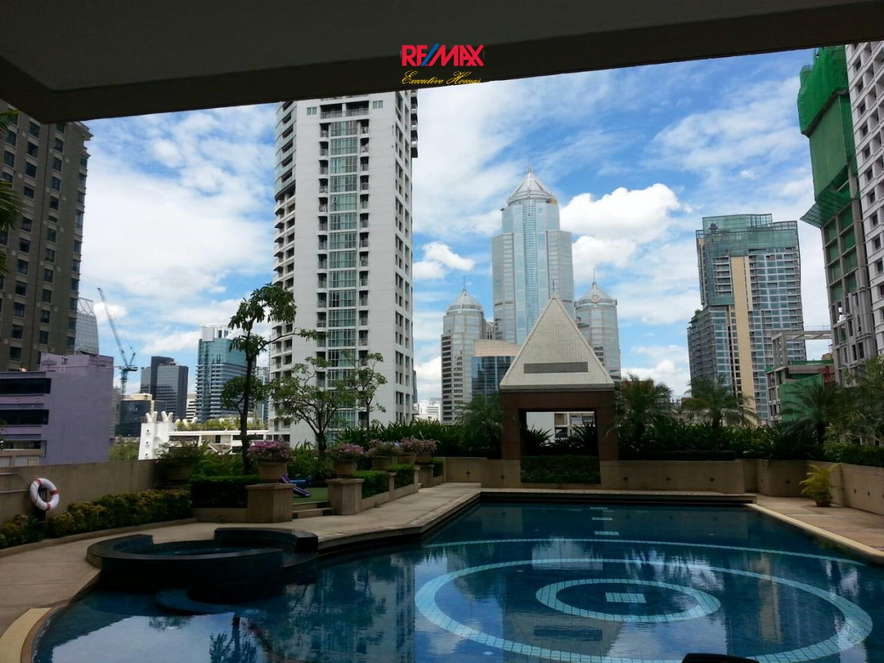 RE/MAX Executive Homes Agency's Nice 3 Bedroom for Rent Grand Langsuan  10