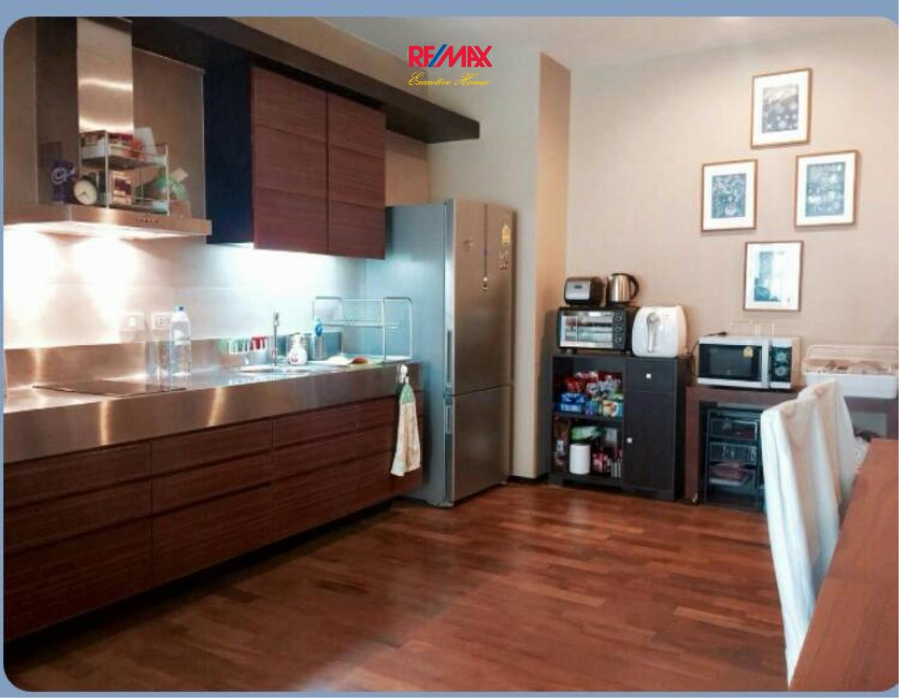 RE/MAX Executive Homes Agency's Cozy 1 Bedroom for Rent Noble Ora 4
