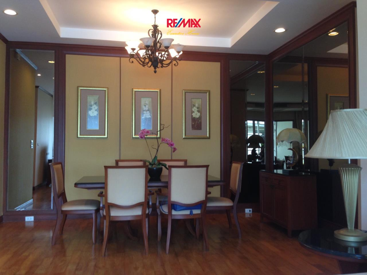 RE/MAX Executive Homes Agency's Spacious 2 Bedroom for Rent The Bangkok 43 3