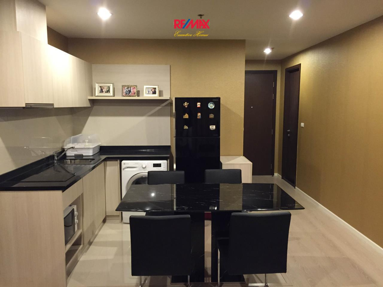 RE/MAX Executive Homes Agency's Beautiful 2 Bedroom for Rent The Rhythm Sathorn Narthiwas 6