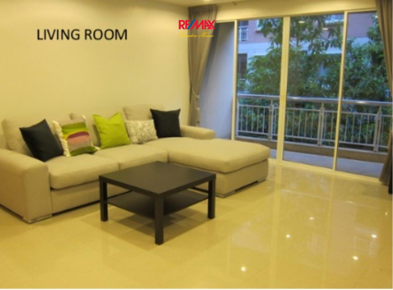 RE/MAX Executive Homes Agency's Spacious 2 Bedroom for Rent The Rise Sukhumvit 39 1