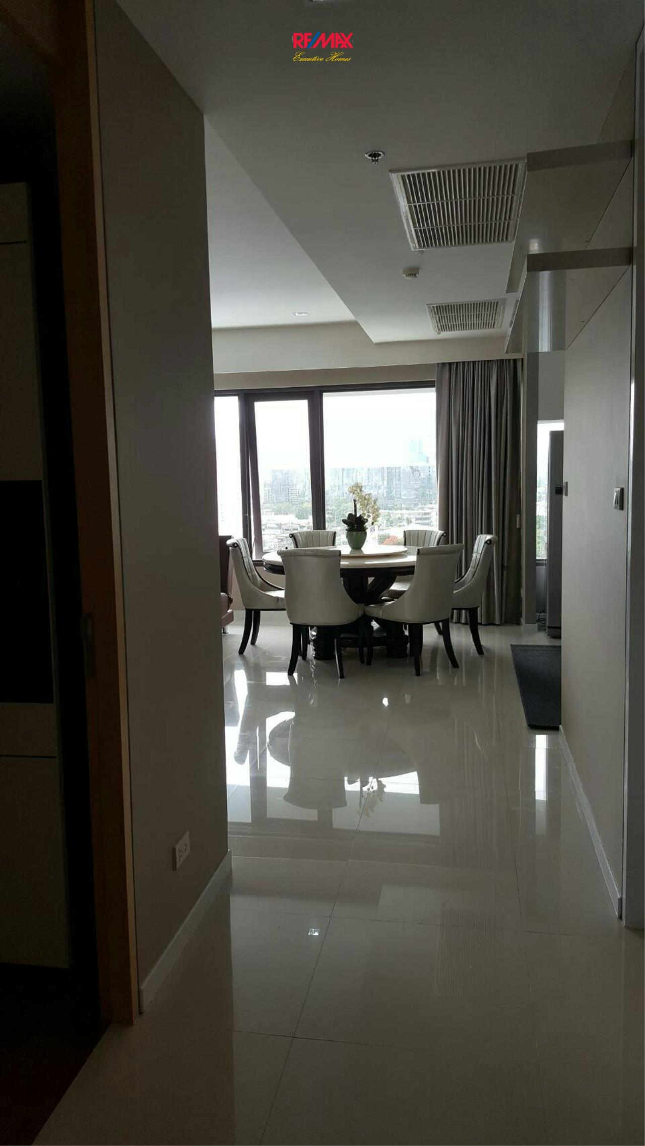 RE/MAX Executive Homes Agency's Beautiful 2 Bedroom for Sale with Tenant Amanta Lumpini 6