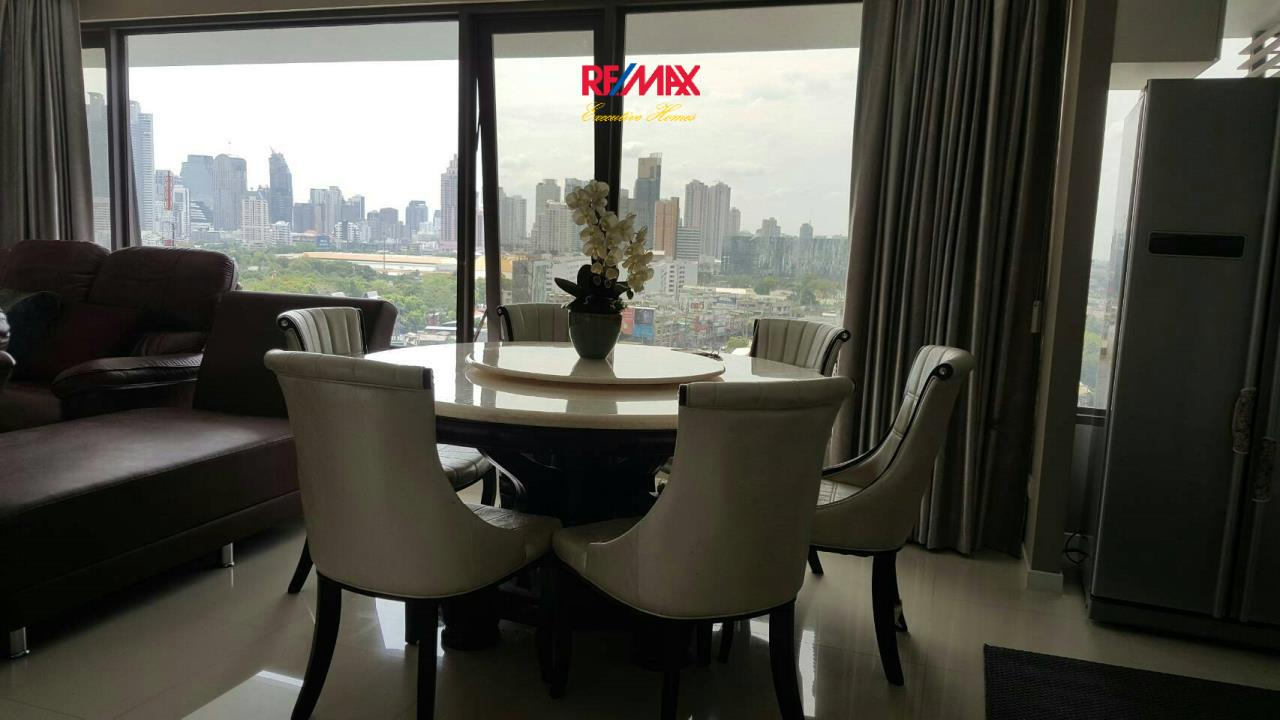 RE/MAX Executive Homes Agency's Beautiful 2 Bedroom for Sale with Tenant Amanta Lumpini 4