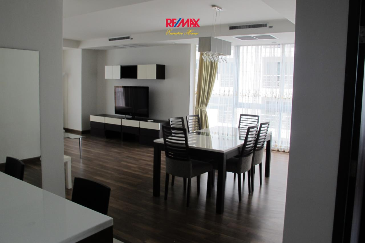 RE/MAX Executive Homes Agency's Beautiful 2 Bedroom for Rent The Rajadamri 9
