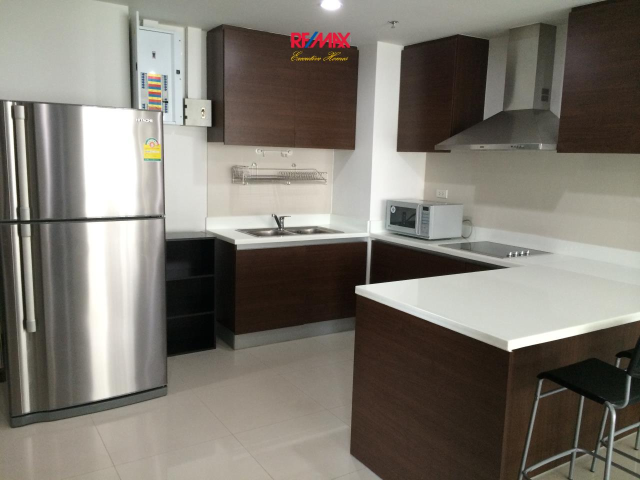RE/MAX Executive Homes Agency's Beautiful 2 Bedroom for Rent The Rajadamri 12