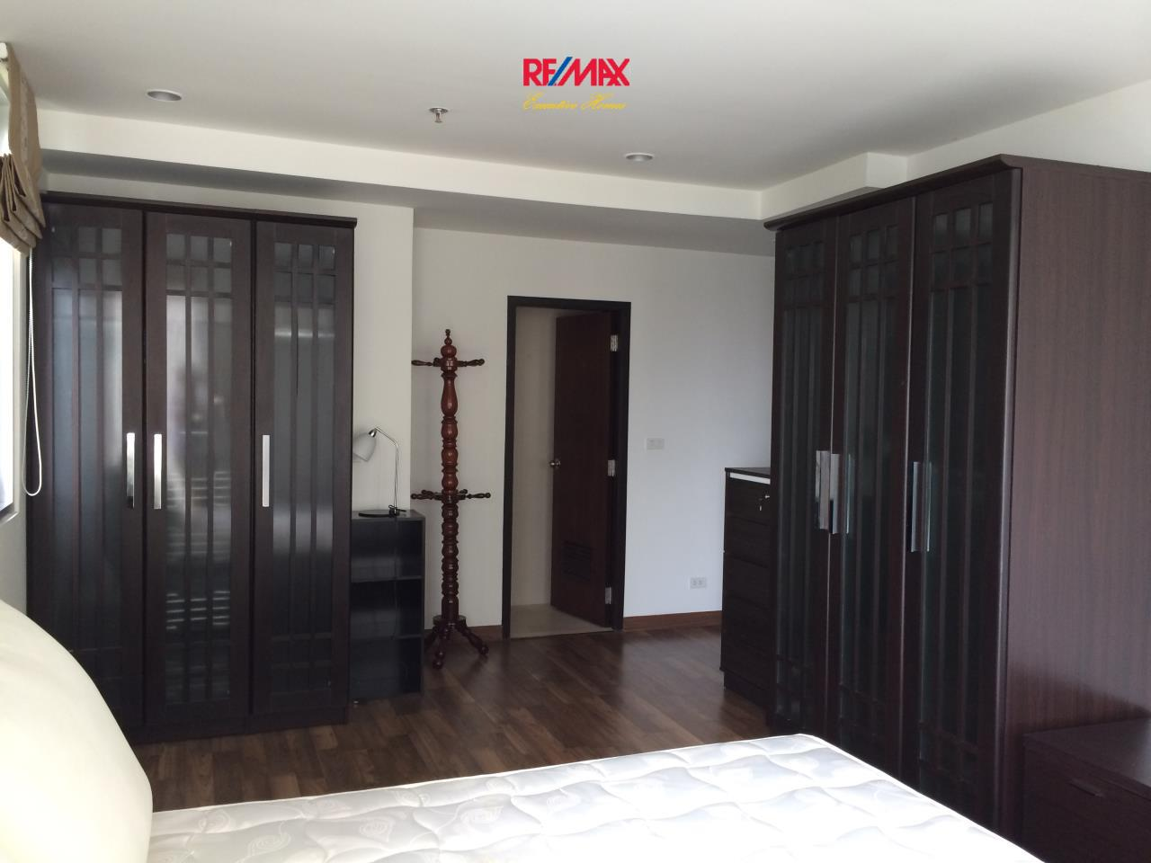 RE/MAX Executive Homes Agency's Beautiful 2 Bedroom for Rent The Rajadamri 3