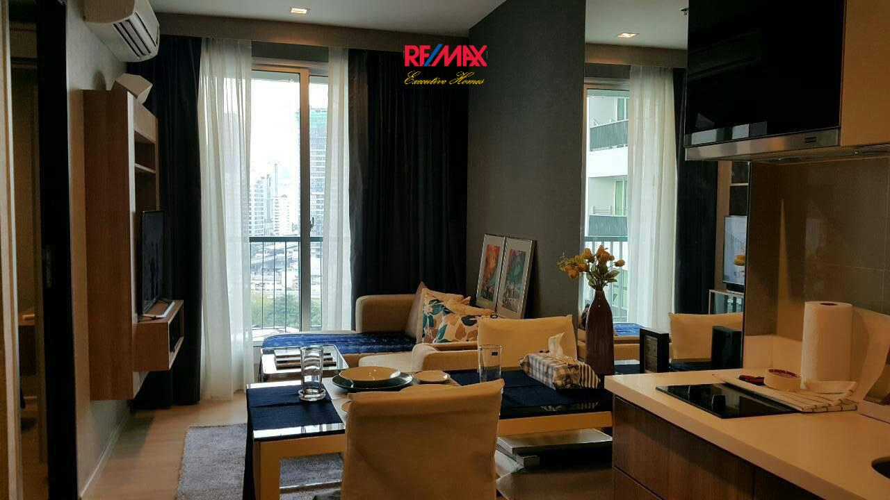 RE/MAX Executive Homes Agency's Beautiful 1 Bedroom for Sale with Tenant Rhythm Sathorn 2