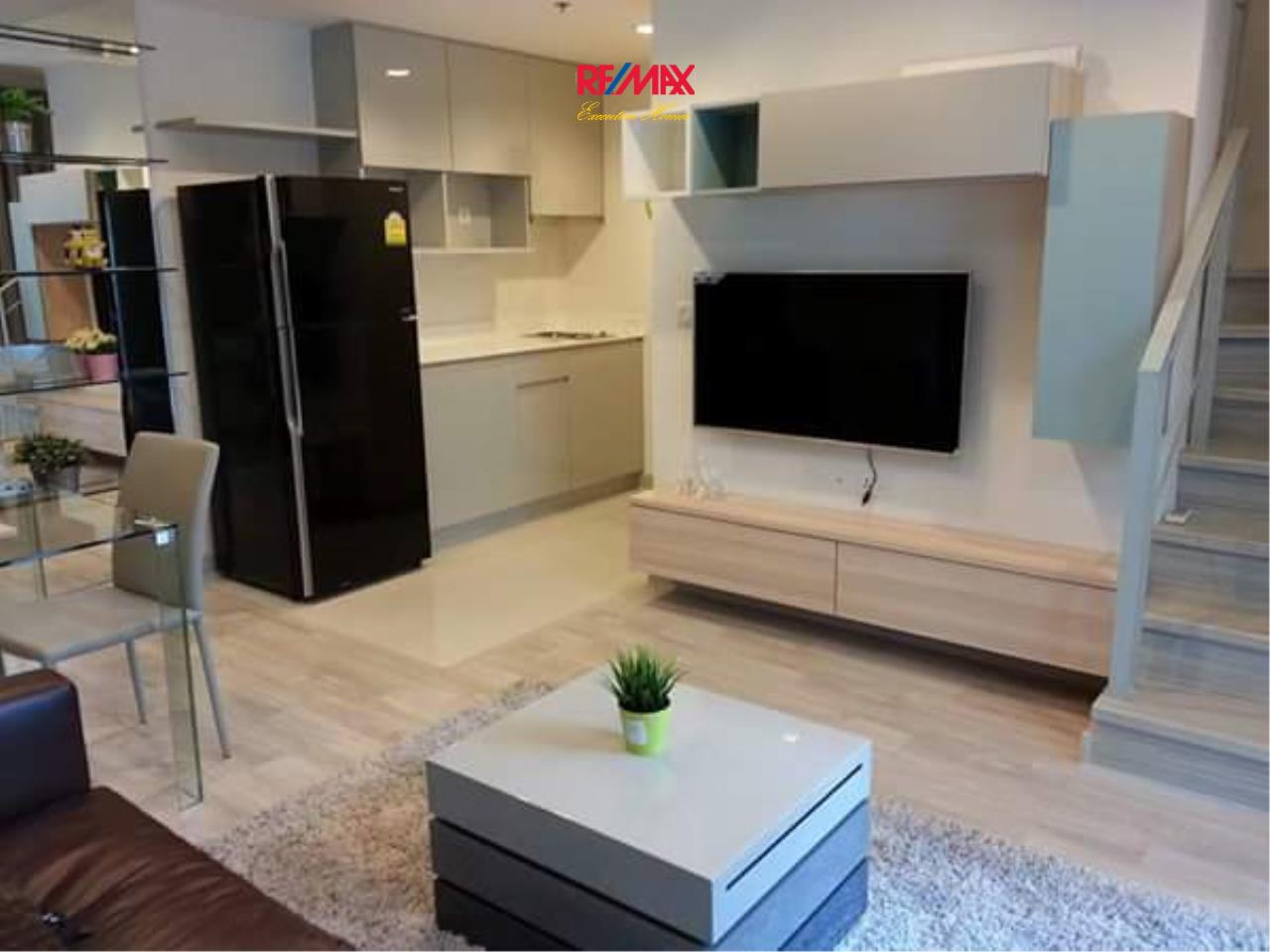 RE/MAX Executive Homes Agency's Beautiful 1 Bedroom Duplex for Sale with Tenant Ideo Mobi Rama 9 4