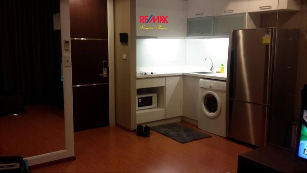 RE/MAX Executive Homes Agency's Spacious 1 Bedroom for Rent Alcove Thonglor 10 5