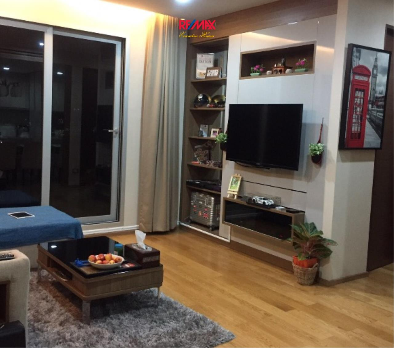RE/MAX Executive Homes Agency's Lovely 2 Bedroom for Sale with Tenant Address Asoke 1