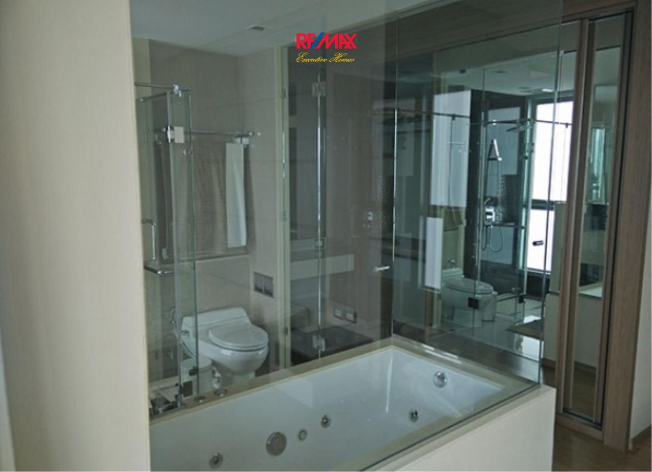 RE/MAX Executive Homes Agency's Lovely 2 Bedroom for Sale with Tenant Address Asoke 9