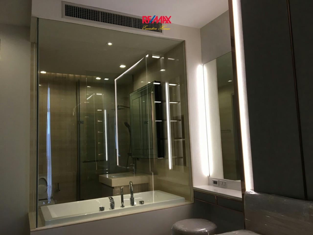 RE/MAX Executive Homes Agency's Spacious 1 Bedroom for Rent  XXXIX by Sansiri 8