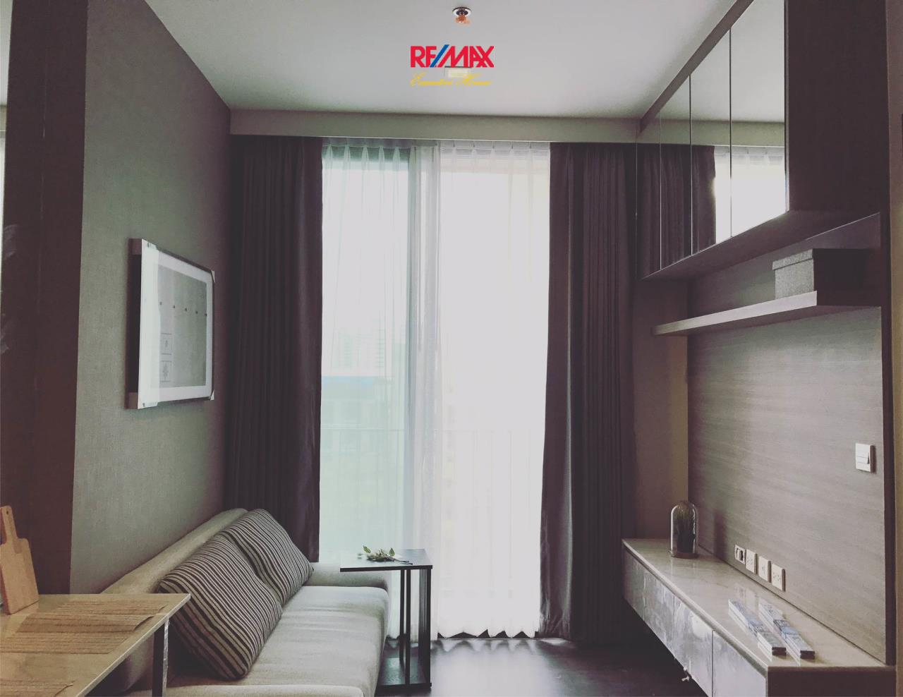 RE/MAX Executive Homes Agency's Nice 1 Bedroom for Rent and Sale Edge  Sukhumvit 23 2