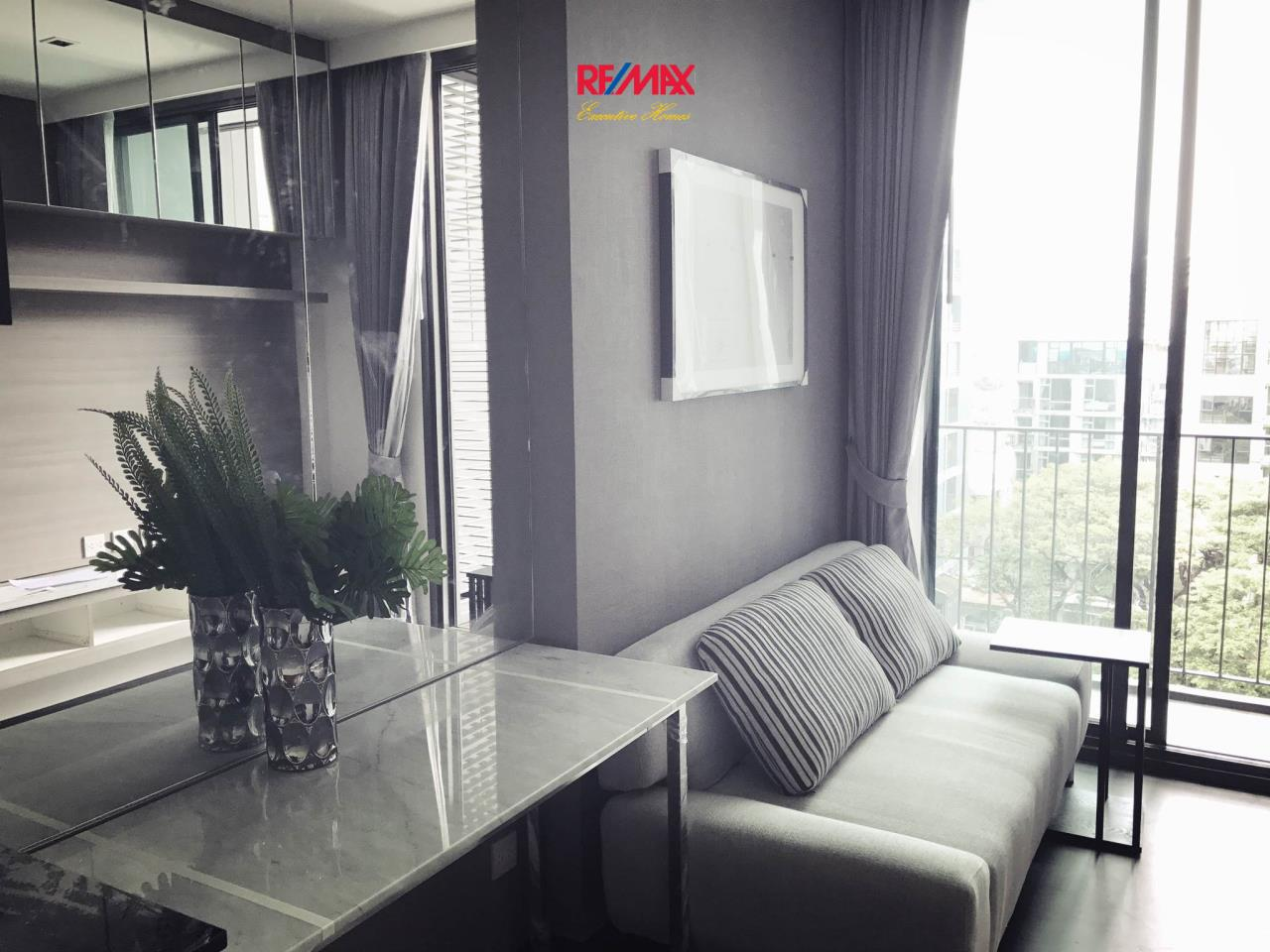 RE/MAX Executive Homes Agency's Nice 1 Bedroom for Rent and Sale Edge  Sukhumvit 23 1