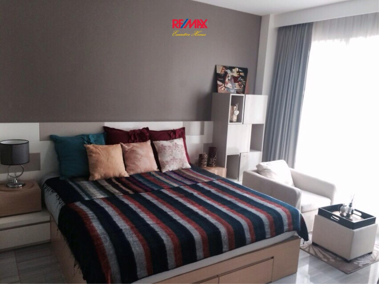 RE/MAX Executive Homes Agency's Nice Studio type Bedroom for Sale Address Chidlom 1