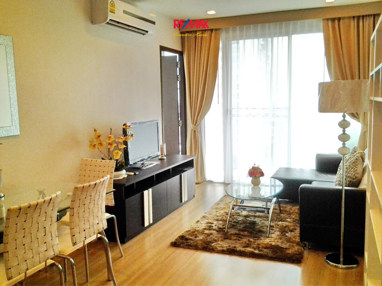 RE/MAX Executive Homes Agency's Lovely 1 Bedroom for Rent Sky Walk Condo 1