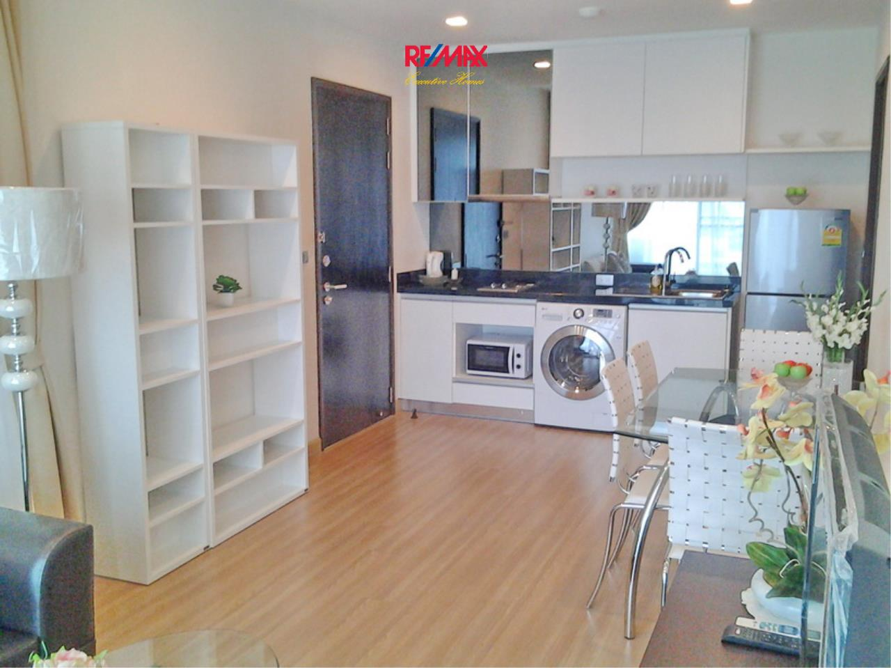 RE/MAX Executive Homes Agency's Lovely 1 Bedroom for Rent Sky Walk Condo 5