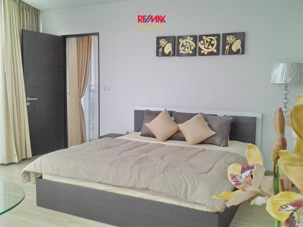 RE/MAX Executive Homes Agency's Lovely 1 Bedroom for Rent Sky Walk Condo 3