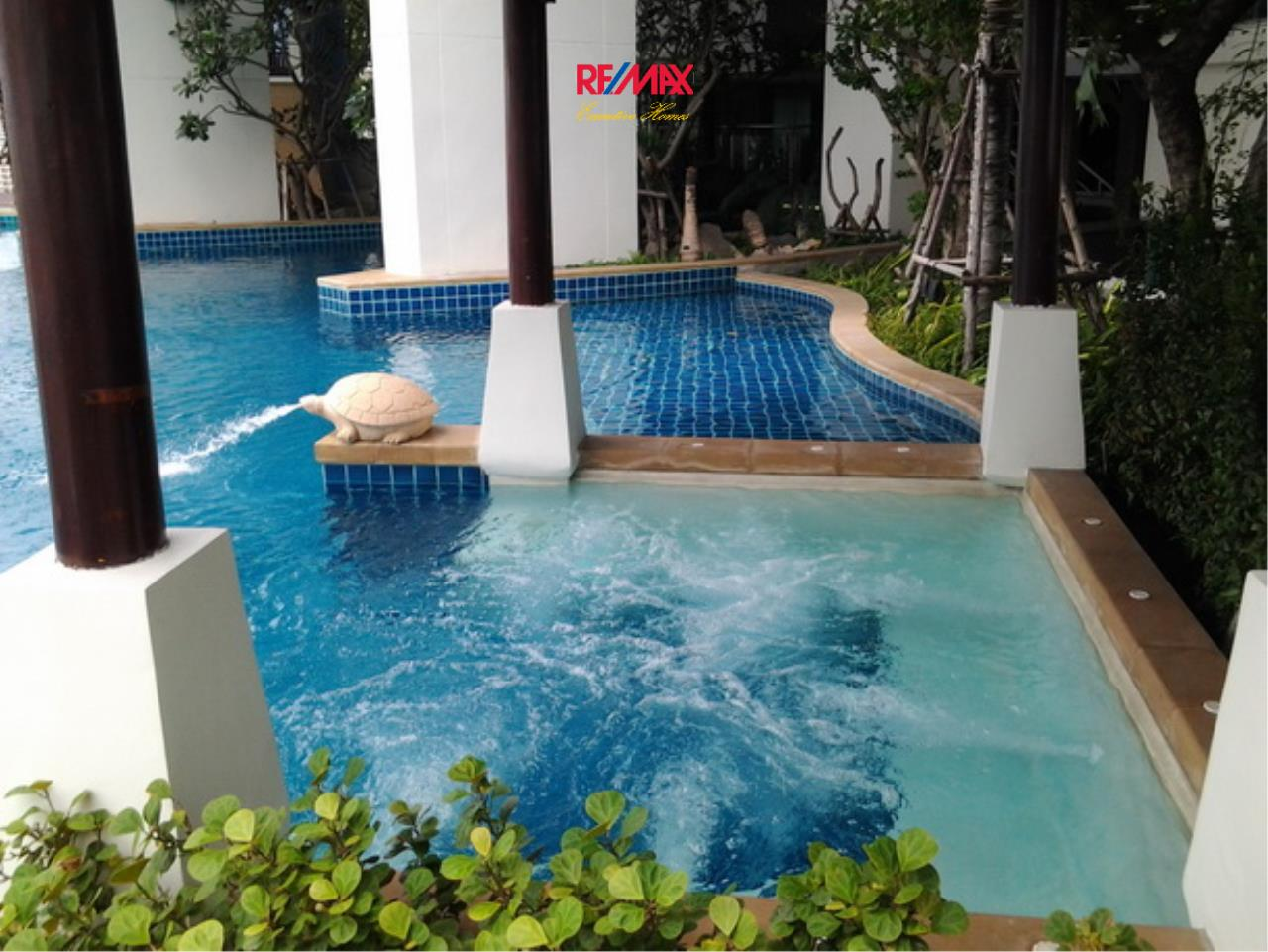 RE/MAX Executive Homes Agency's Lovely 1 Bedroom for Rent Sky Walk Condo 7