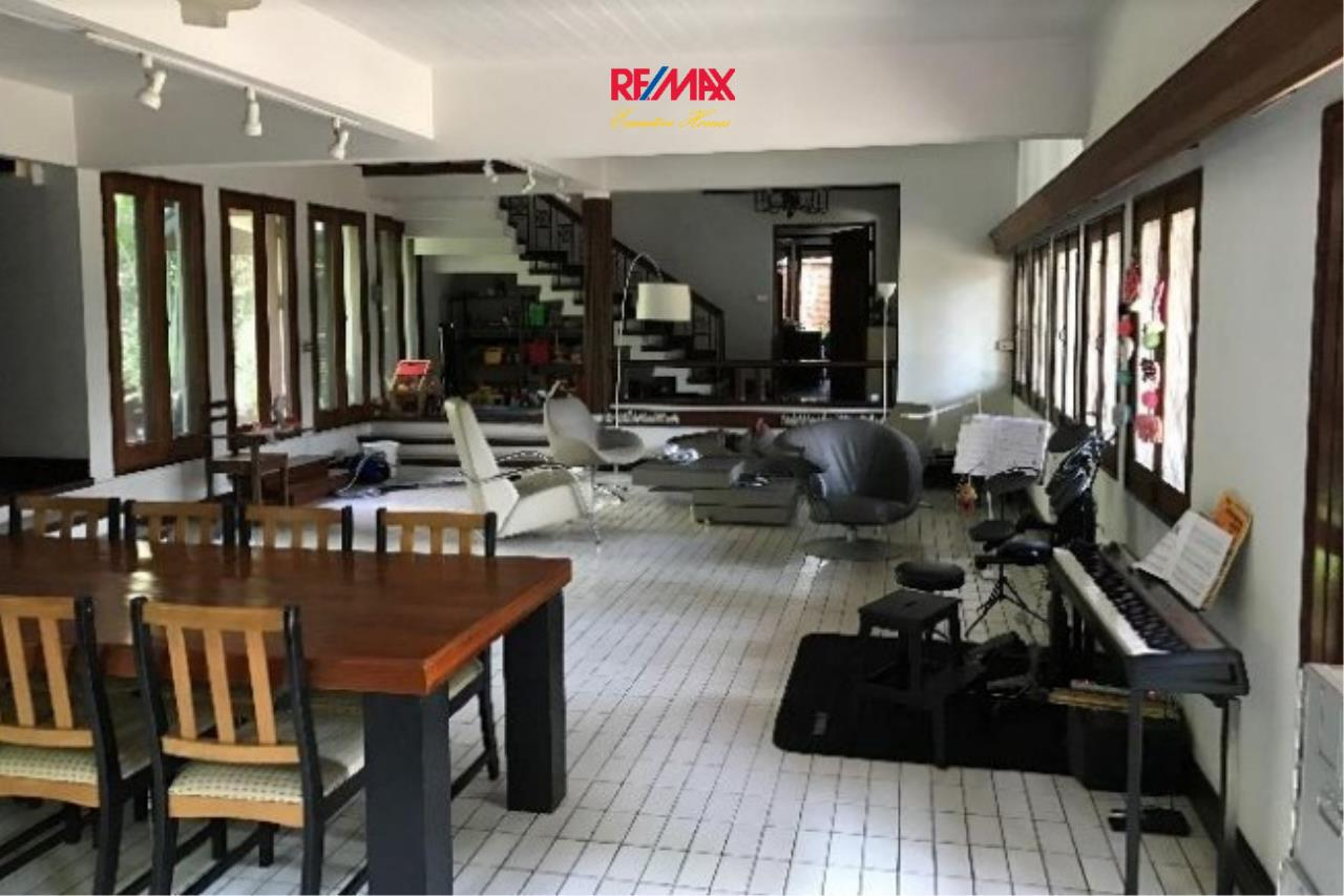RE/MAX Executive Homes Agency's Nice 3 Bedroom House with Private Pool for Rent near BTS Phrom Phong 2