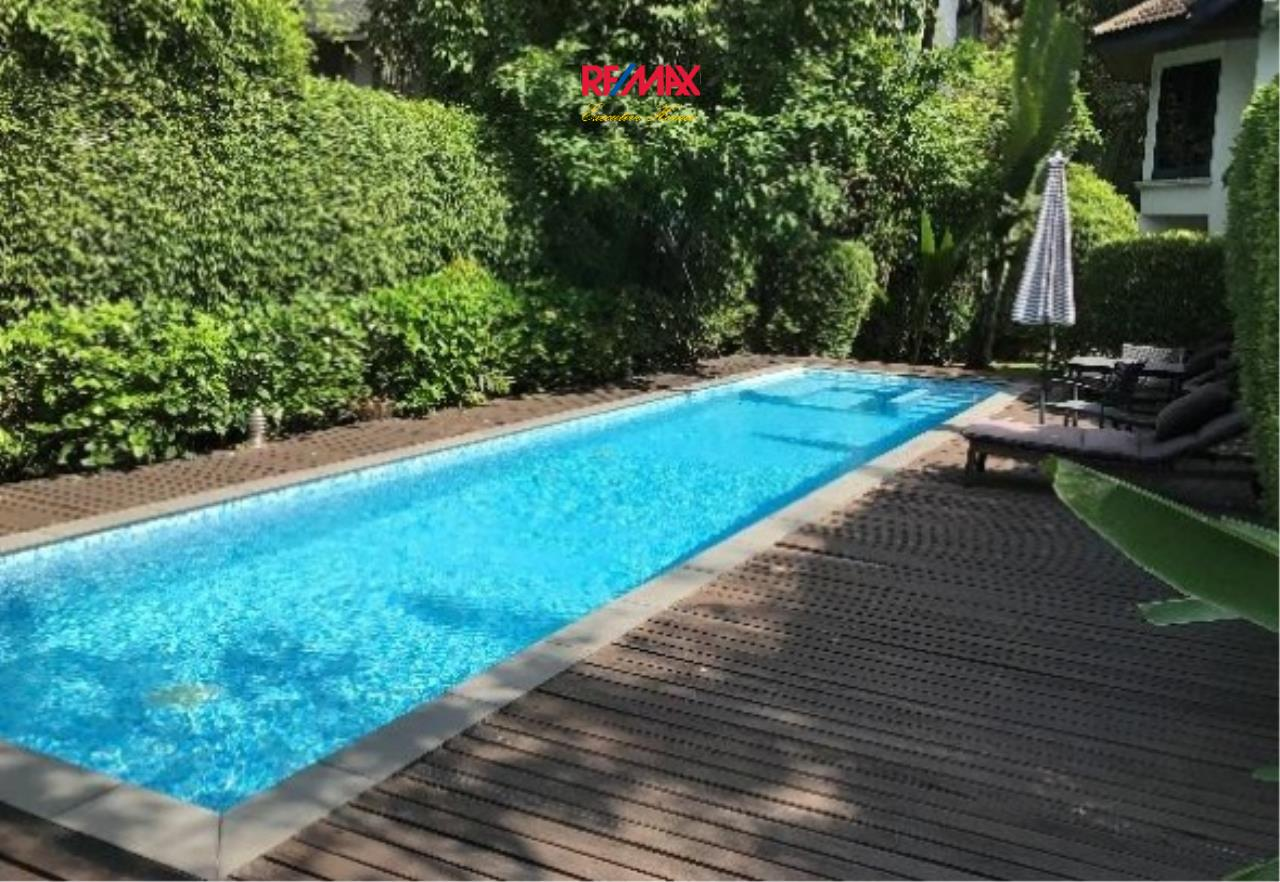 RE/MAX Executive Homes Agency's Nice 3 Bedroom House with Private Pool for Rent near BTS Phrom Phong 3