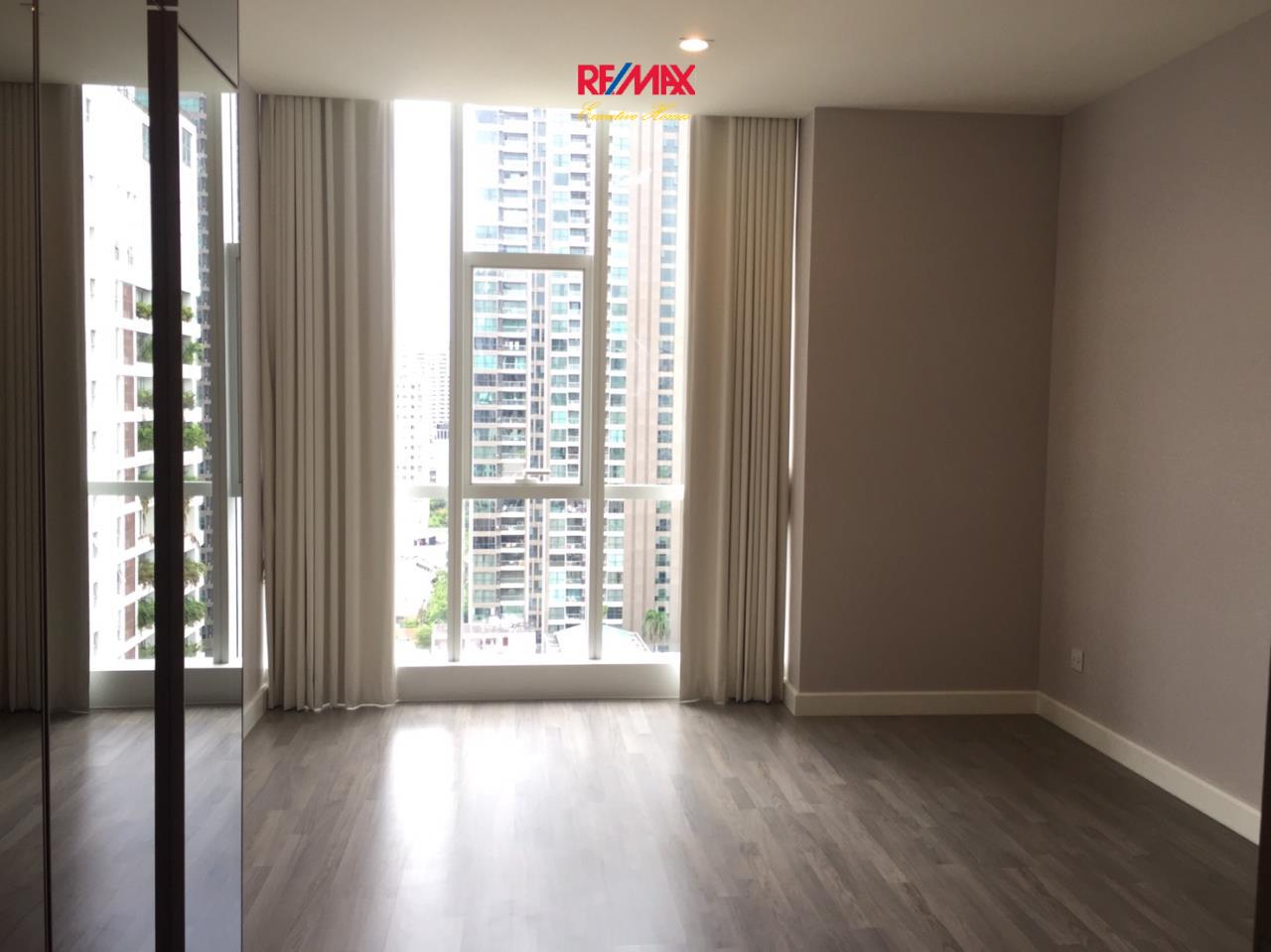 RE/MAX Executive Homes Agency's Spacious 1 Bedroom for Sale The Room Sathorn Pan 1