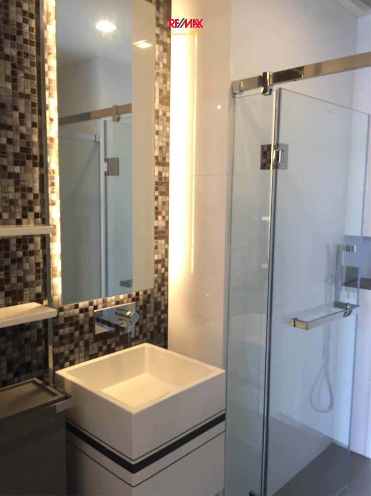 RE/MAX Executive Homes Agency's Spacious 1 Bedroom for Sale The Room Sathorn Pan 6