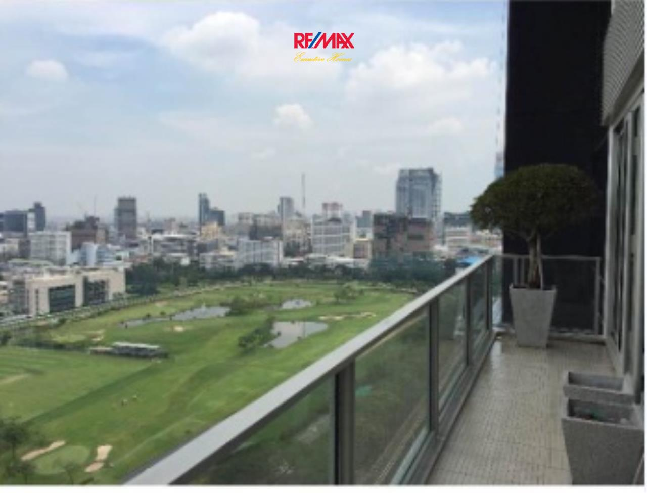 RE/MAX Executive Homes Agency's Stunning 1 Bedroom for Sale with Tenant 185 Rajadamri 3