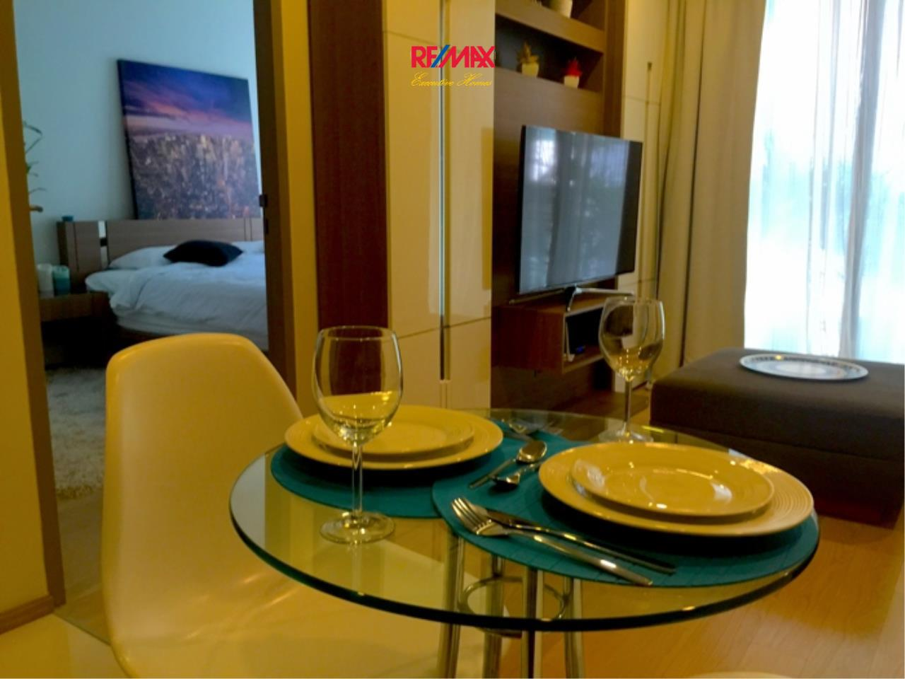 RE/MAX Executive Homes Agency's Lovely 1 Bedroom for Rent and Sale Art @ Thonglor 7