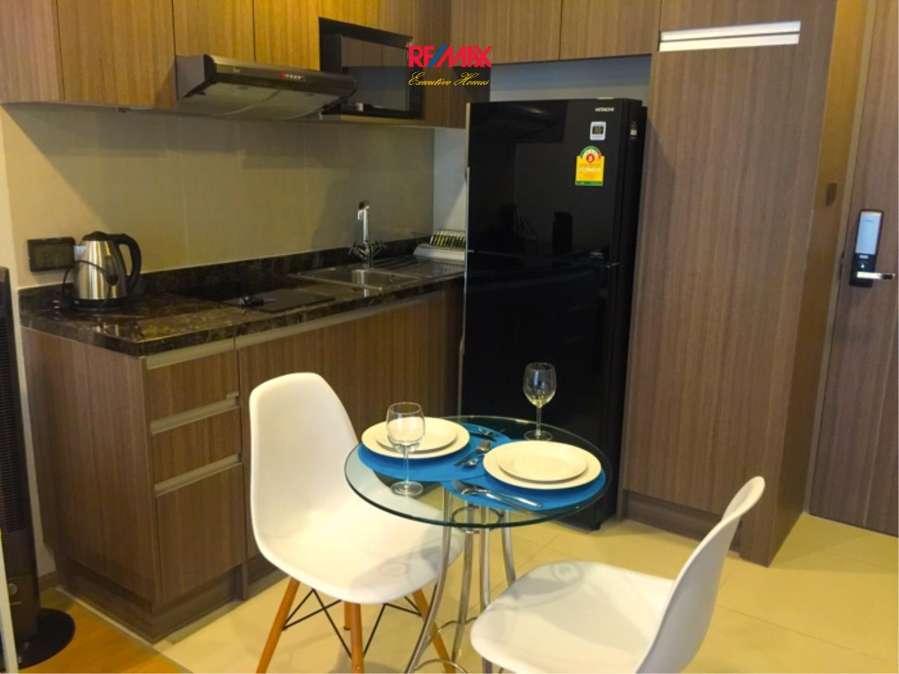 RE/MAX Executive Homes Agency's Lovely 1 Bedroom for Rent and Sale Art @ Thonglor 6
