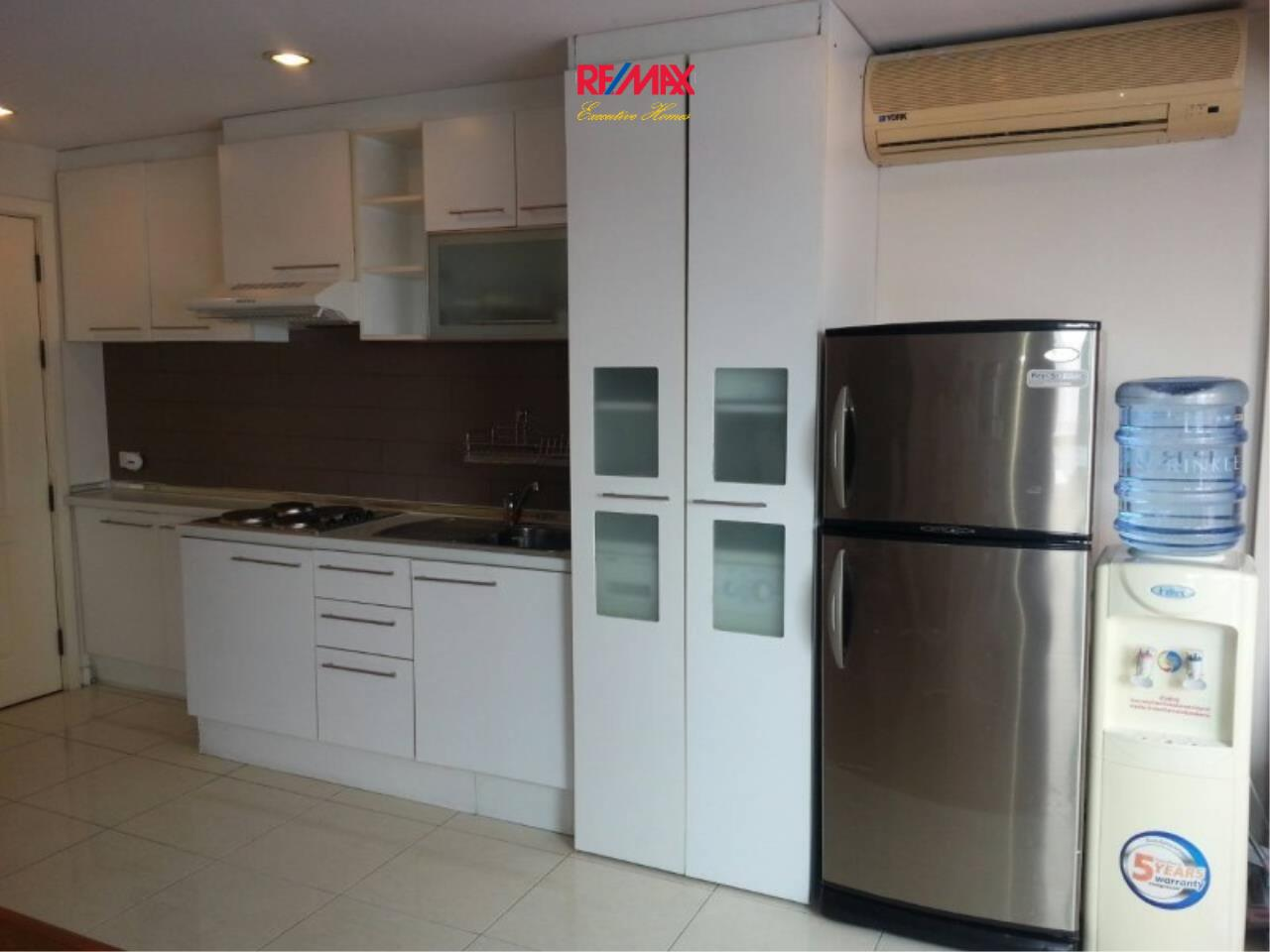 RE/MAX Executive Homes Agency's Spacious 2 Bedroom for Rent Grand Park View Asoke 11