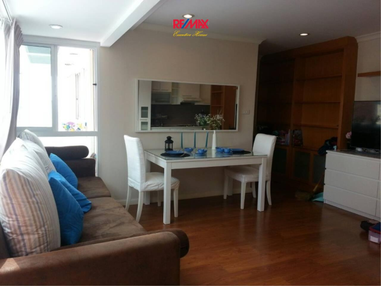 RE/MAX Executive Homes Agency's Spacious 2 Bedroom for Rent Grand Park View Asoke 2