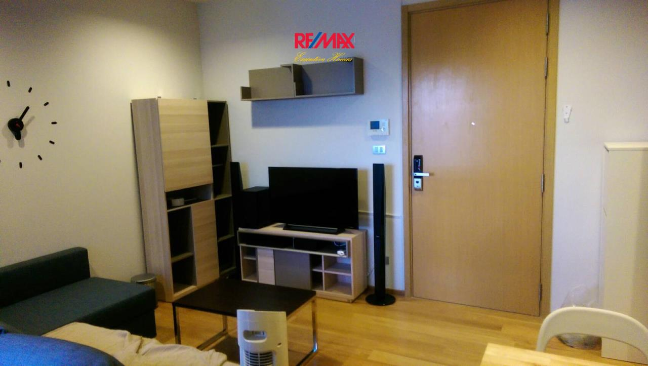 RE/MAX Executive Homes Agency's Nice 1 Bedroom for Sale Hyde Sukhumvit 2