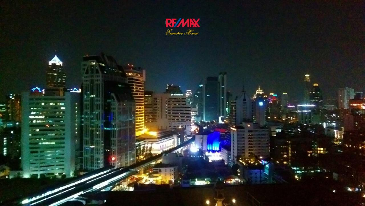 RE/MAX Executive Homes Agency's Nice 1 Bedroom for Sale Hyde Sukhumvit 8