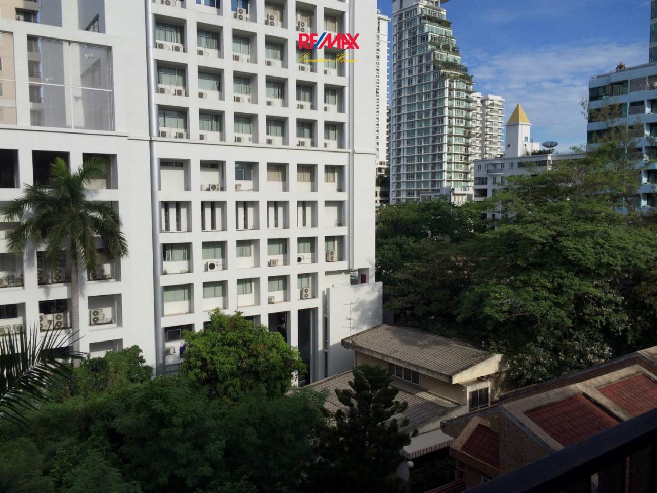 RE/MAX Executive Homes Agency's Nice 1 Bedroom for Sale D25 Thonglor 6