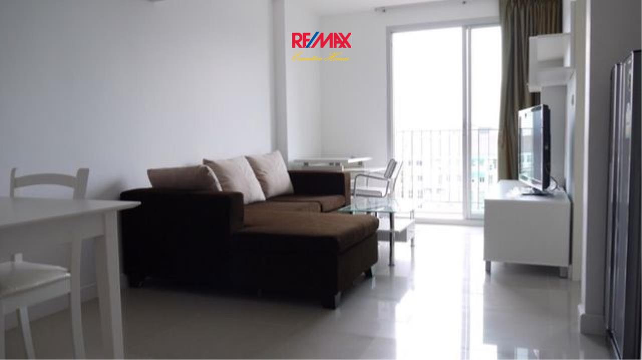 RE/MAX Executive Homes Agency's Nice 1 Bedroom for Rent Clover Thonglor 7