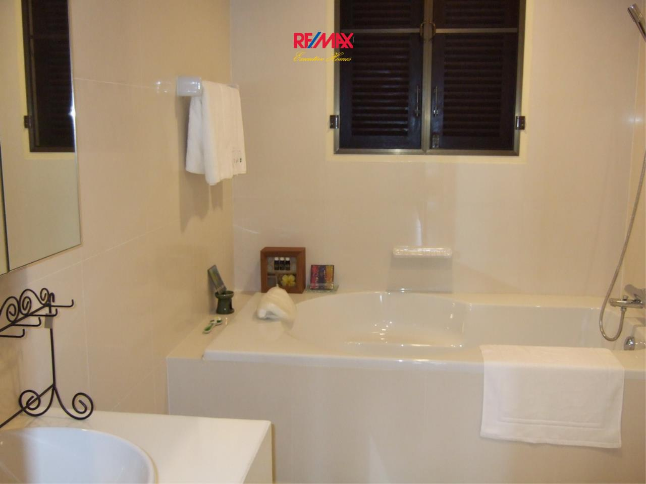 RE/MAX Executive Homes Agency's Lovely 2 Bedroom for Rent Amanta Ratchada 10