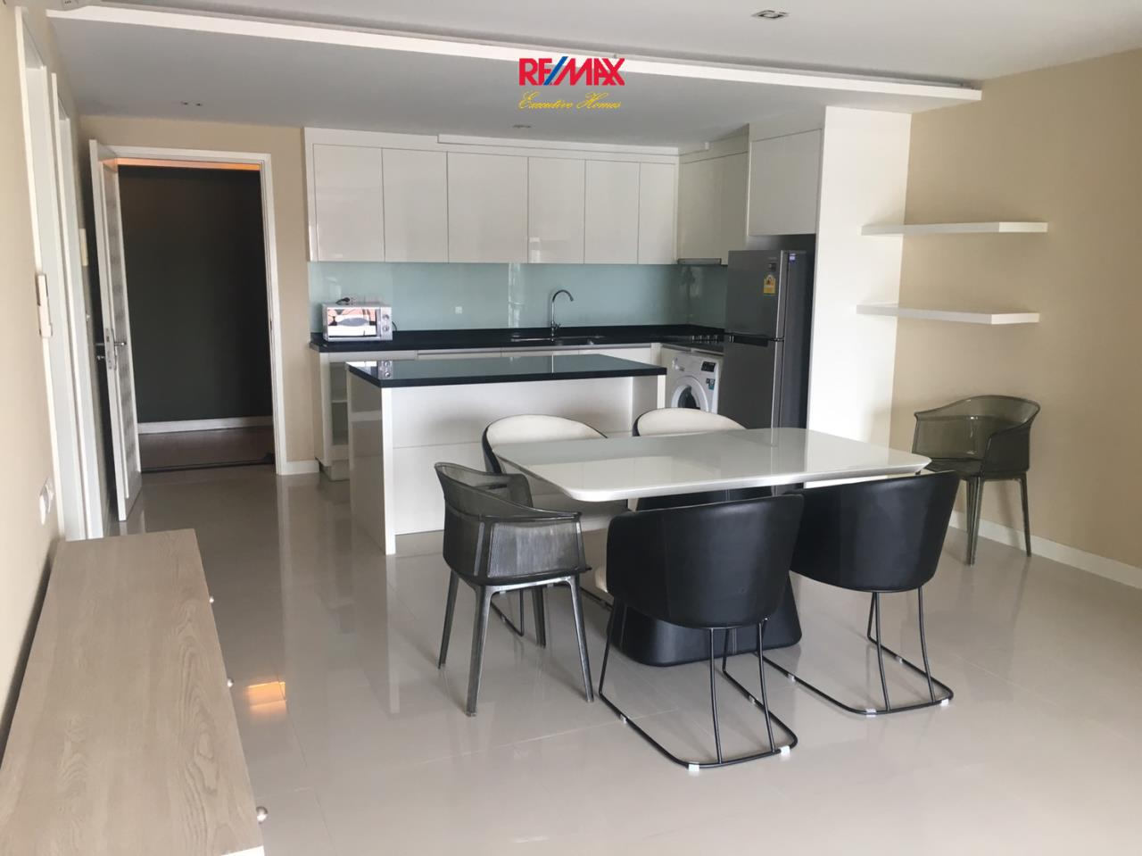 RE/MAX Executive Homes Agency's Nice 3 Bedroom for sale with tenant at Lenice Ekamai 13