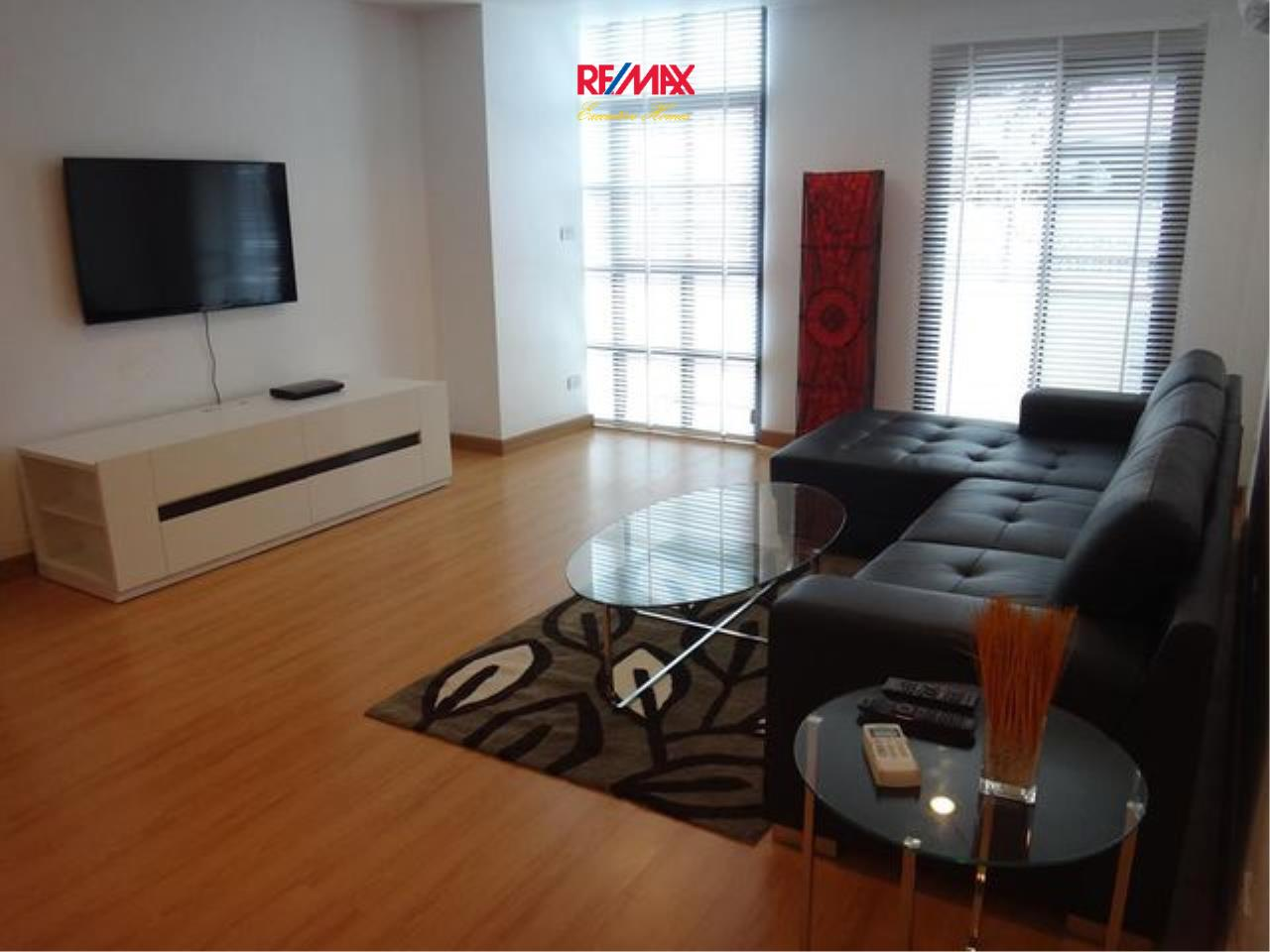 RE/MAX Executive Homes Agency's Spacious 2 Bedroom for Rent Silom Grand Terrace 1