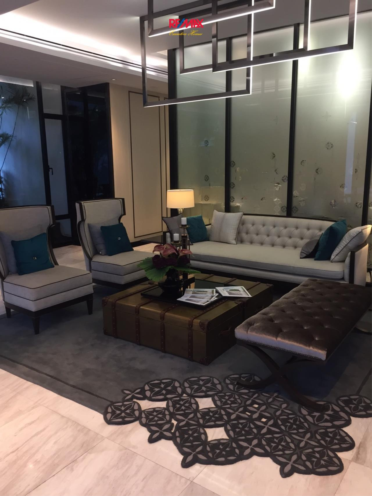 RE/MAX Executive Homes Agency's Spacious 1 Bedroom for Sale The Room Sathorn Pun 3