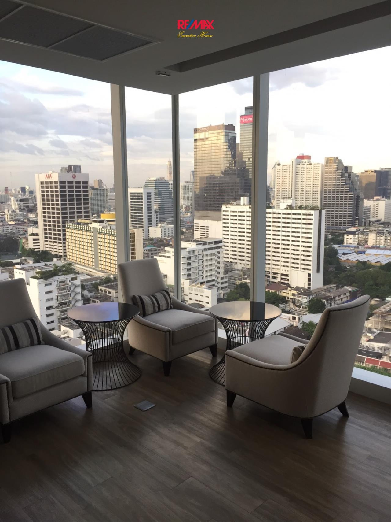 RE/MAX Executive Homes Agency's Spacious 1 Bedroom for Sale The Room Sathorn Pun 2