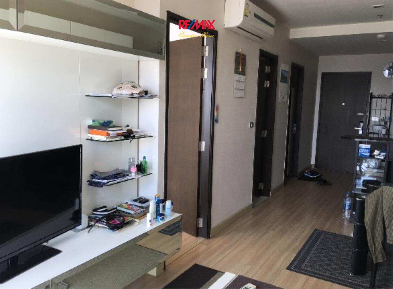 RE/MAX Executive Homes Agency's Nice 1 Bedroom for Sale with Tenant Skywalk Condo 1