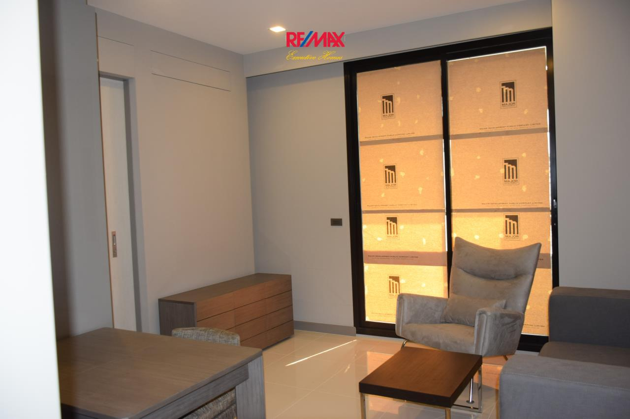 RE/MAX Executive Homes Agency's Cozy 1 Bedroom for Sale M Silom 1