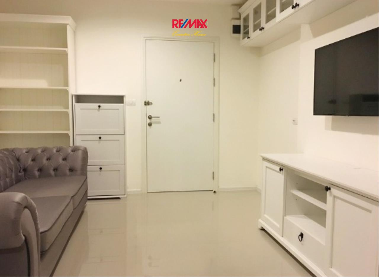 RE/MAX Executive Homes Agency's Nice 1 Bedroom for Sale Aspire 48 3