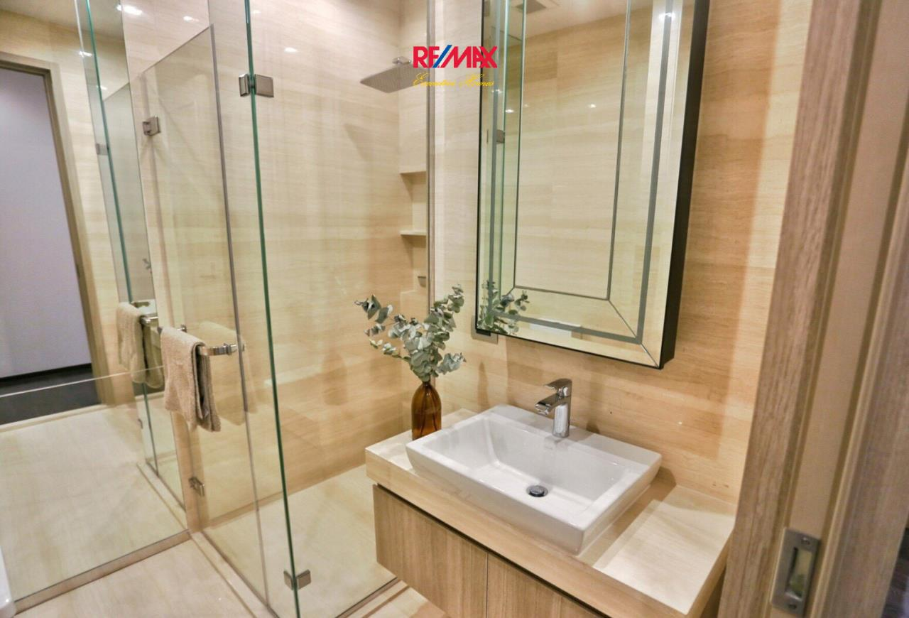 RE/MAX Executive Homes Agency's Beautiful 2 Bedroom for Sale XXXIX by Sansiri 14