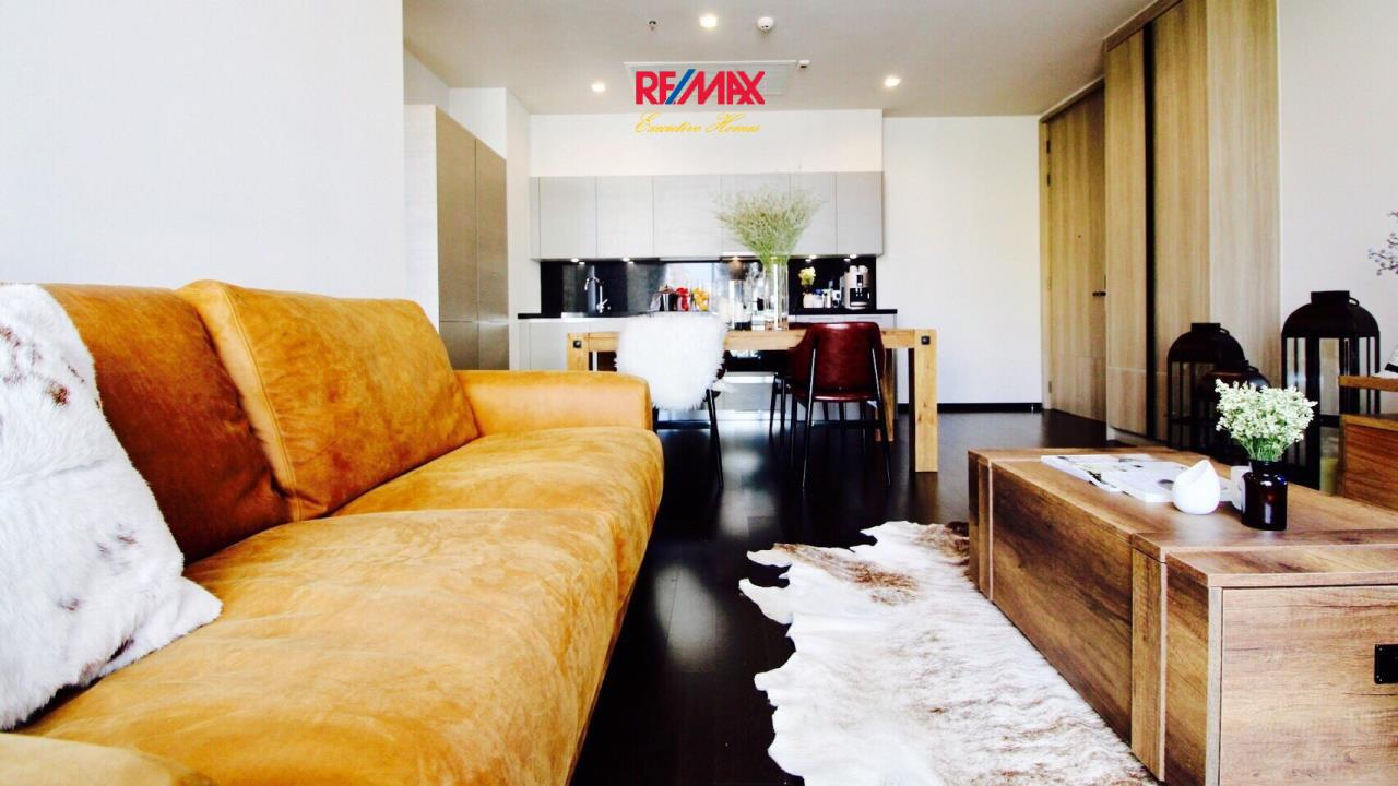 RE/MAX Executive Homes Agency's Beautiful 2 Bedroom for Sale XXXIX by Sansiri 1